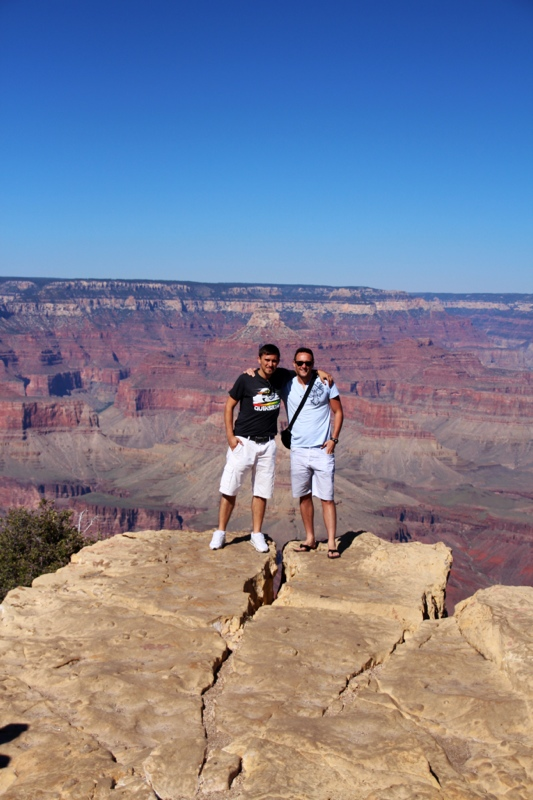 Waldi und Peter am Grand Canyon